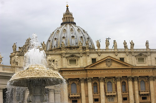 St. Peter's Basilica; Vatican City; church; fountain; outdoor; architecture; sky; travel; uasatish; Rome; Roma; Italy; Italia;