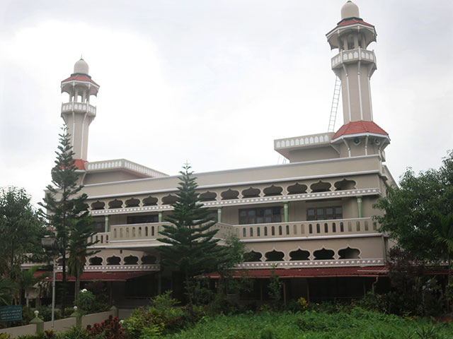 Saidar Palli; mosque; Thalassery; Tellicherry; Kerala; India; mosque; building; architecture; outdoor; uasatish;