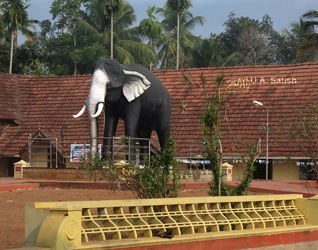 Ambalapuzha; Sree Krishna Temple; Kerala; India; Ramachandran; elephant; sculpture; outdoor; uasatish;