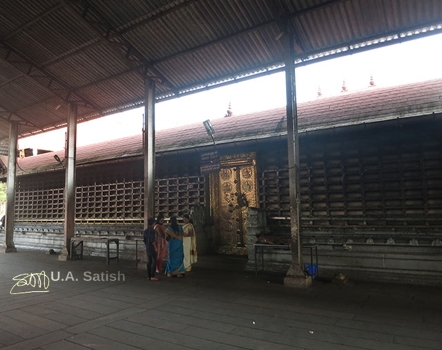 Ambalapuzha; Sree Krishna Temple; Kerala; India; outdoor; uasatish; gate;