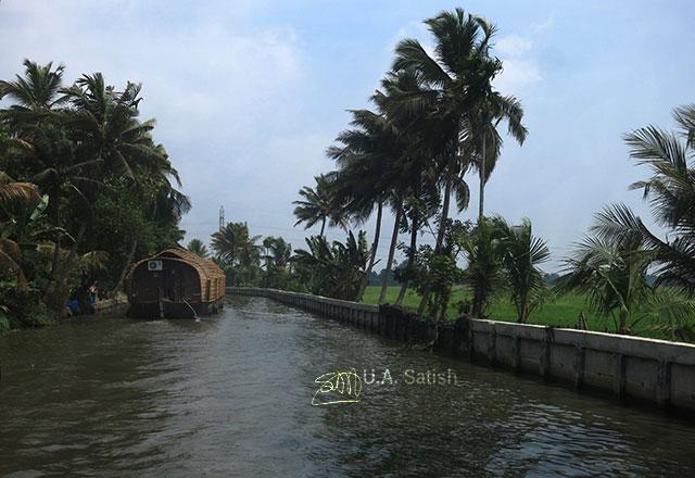 houseboat; Kerala; India; Alapuzha; canal; water; trees; uasatish;