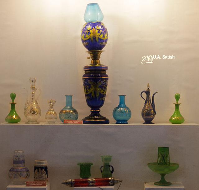 Arakkal Museum; Arakkal Palace; Kannur; Kerala; India; uasatish; glassware;