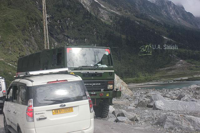 Sikkim; India; mountain; uasatish; truck; car;