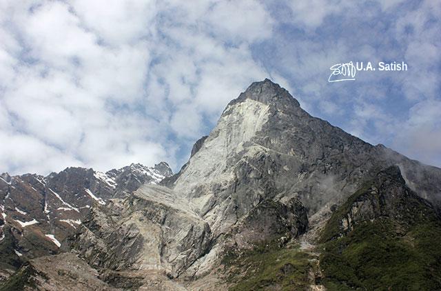 Sikkim; India; mountain; sky; clouds; uasatish;