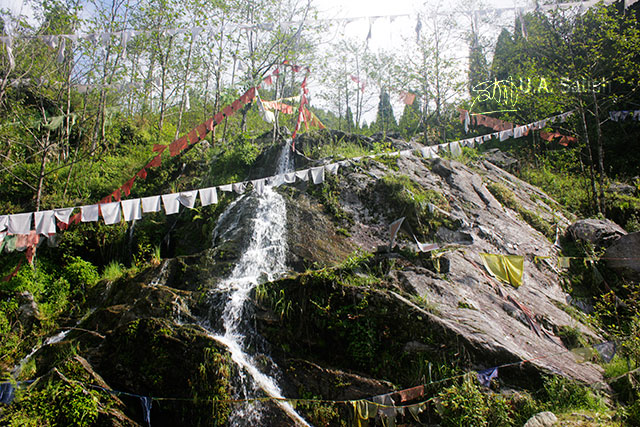 Gangtok; Sikkim; India; uasatish; stream; rocke;