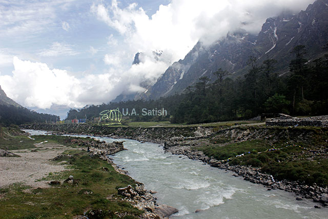 Yumthang, Sikkim, India, hot springs, mountain, clouds, stream, Lachung River, uasatish,