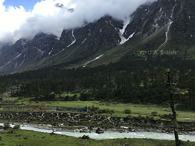 Yumthang, Sikkim, India, river, mountain, clouds, sky, uasatish,