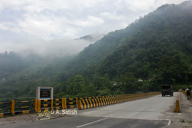 Sikkim; North Sikkim; India; uasatish; Bakcha Chu Bridge; bridge; mountains; clouds; sky;