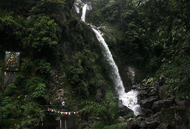 Sikkim; North Sikkim; India; seven sisters waterfalls; rocks; water; waterfalls; uasatish;