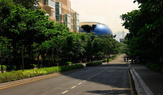 Pune; road; buildings; architecture; uasatish; trees;