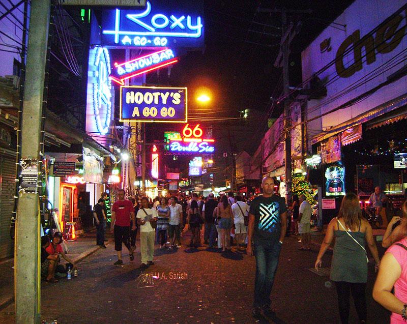 Walking Street Pattaya; Pattaya; Thailand; uasatish; street;