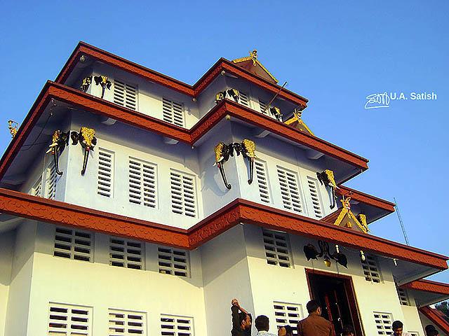 uasatish, India, Muthappan Madappura, Kerala, Parassinikadavu, temple, Sree Muthappan;