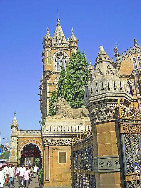 uasatish, India, Mumbai, Chattrapati Shivaji Terminus,
