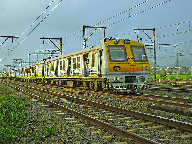 uasatish, India, trains, Churchgate,