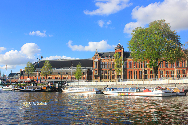 Amsterdam Centraal; Amsterdam canal cruise; Amsterdam; uasatish; train station;