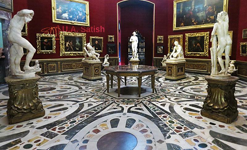 Tribuna; Uffizi Gallery; Florence; Italy; indoor; sculptures; paintings; uasatish; https://uasatish.com; room;