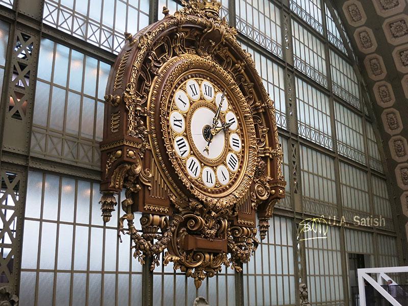 Clock; Museum d'Orsay; indoor; Paris; France; museum; uasatish; https://uasatish.com;