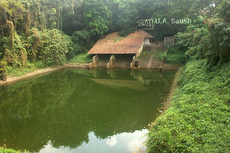 Tripunithura Palace; Tripunithura; Kochi; Kerala; India; building; outdoor; uasatish; https://uasatish.com; pond;