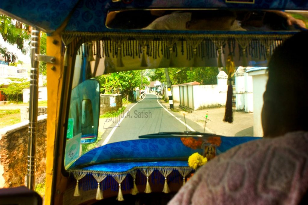 Kochi; Chottanikkara Bhagavathy Temple;streets of Kochi; auto; uasatish;