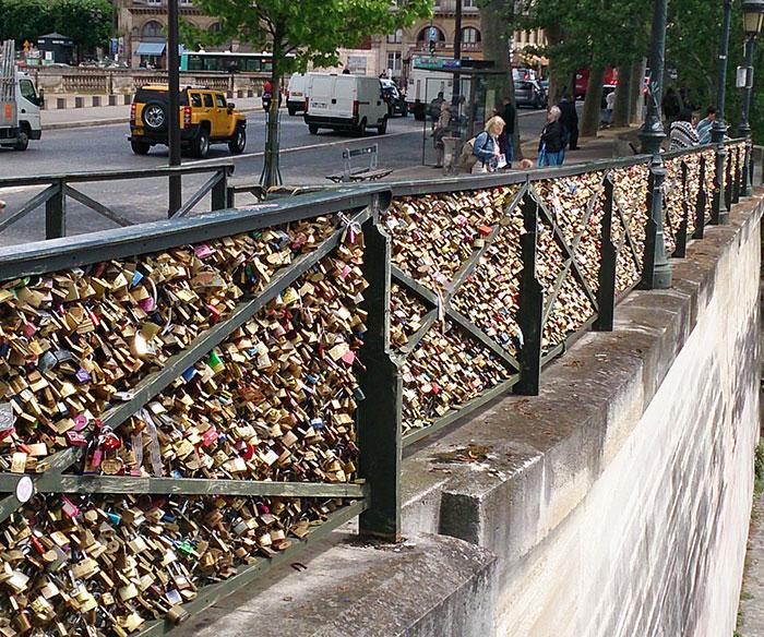Pont des Arts; Paris; France; love locks; bridge; river Seine; outdoor; uasatish;