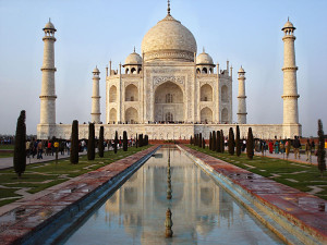 Taj Mahal; Agra; India; Uttar Pradesh; UNESCO World Heritage Site; outdoor; Mughal architecture; uasatish;
