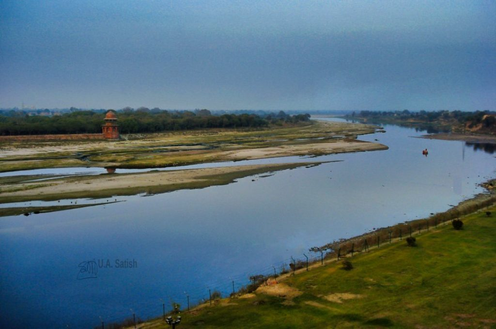 Yamuna Flowing Behind Taj Mahal; Agra; uasatish;