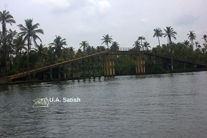 Alappuzha; Kuttanad; Kerala; Kayal; travel; outdoor; uasatish; India; outdoor; bridge;