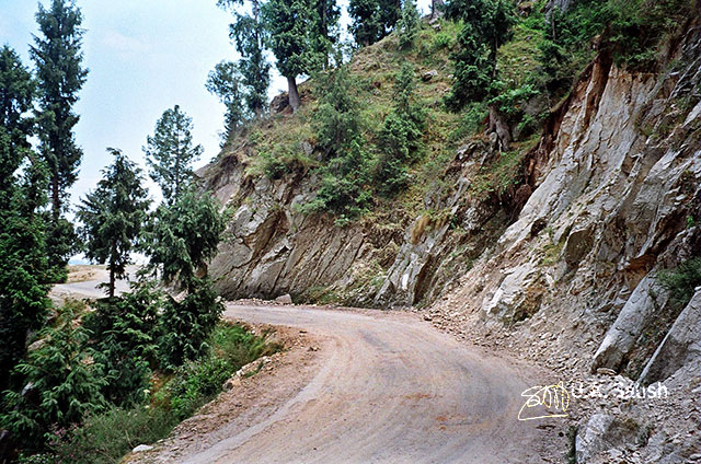 road; Himachal Pradesh; India; travel; India; outdoor; mountain road; uasatish;