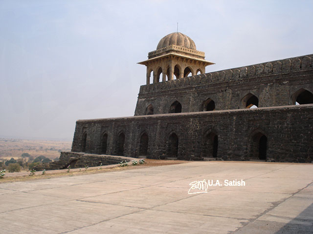 Rupmati Pavillion; Mandu; Madhya Pradesh; India; architecture; outdoor; travel; uasatish;