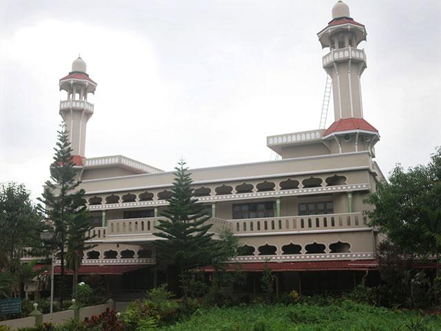 Saidar Palli; mosque; Thalassery; Tellicherry; Kerala; India; mosque; building; architecture; outdoor; uasatish;