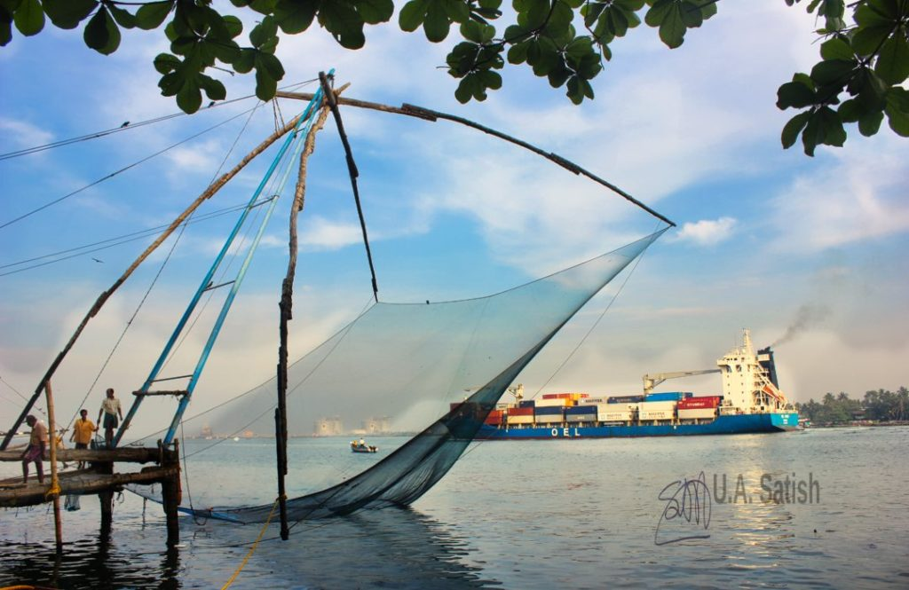 Chinese Fishing Net; Fort Kochi; Kerala; uasatish; ship; sky; clouds;