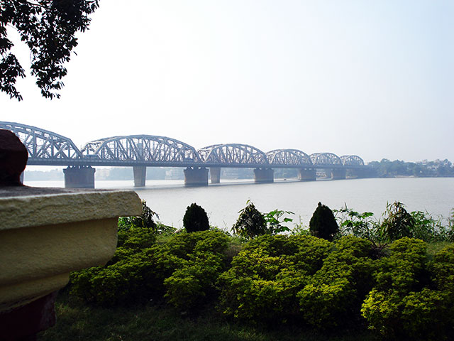 River Hooghly; bridge; Kolkata; outdoor; Calcutta; uasatish; India; water;