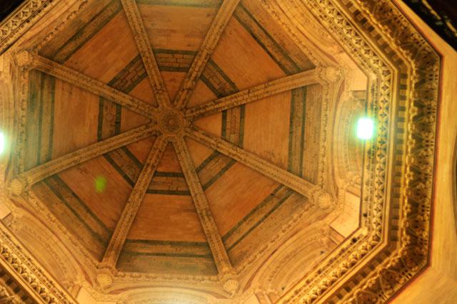 Mumbai CST; Mumbai; Bombay; India; UNESCO World Heritage site; architecture; uasatish; dome;