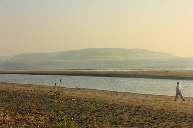 Suruchi Beach; Vasai; India; beach; outdoor; sea; man; sky; sand; uasatish; Mumbai;