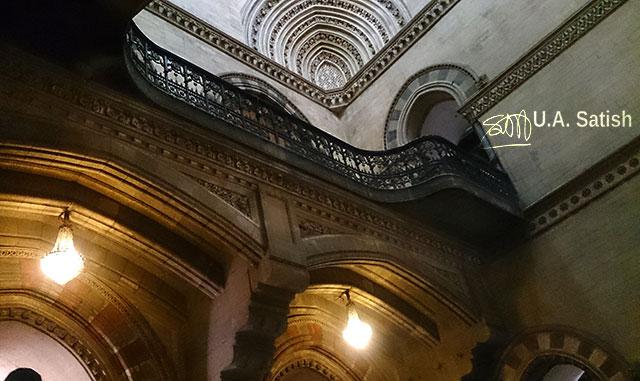 Mumbai CST; Mumbai; India; Bombay; architecture; balustrades; uasatish; building;