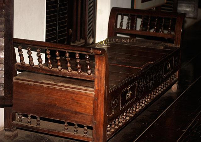 Arakkal Museum; Arakkal Palace; Kannur; Kerala; India; uasatish; wooden cot;