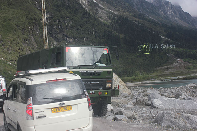 Sikkim; India; mountain; uasatish; truck; car;