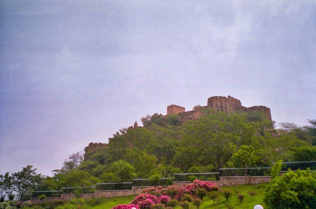 Gayatri Devi's Fort; uasatish; Rajasthan;