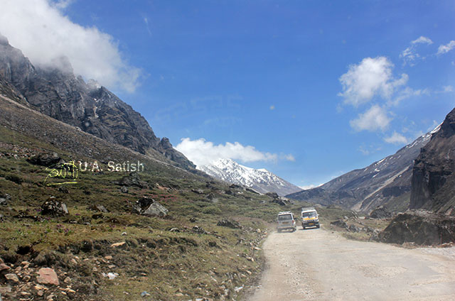 Sikkim; India; Zero Point; mountains; sky; clouds; uasatish; road;