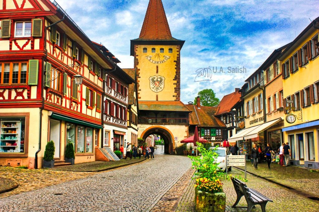 Town Square - Gengenbach ; Germany; planning an independent European holiday; uasatish;