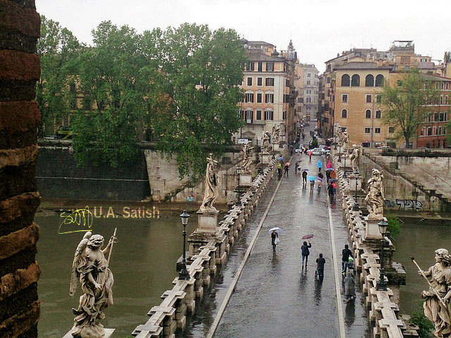 Bridge of Angels; Ponte Sant'Angelo; Rome; Italy; buildings; uasatish;