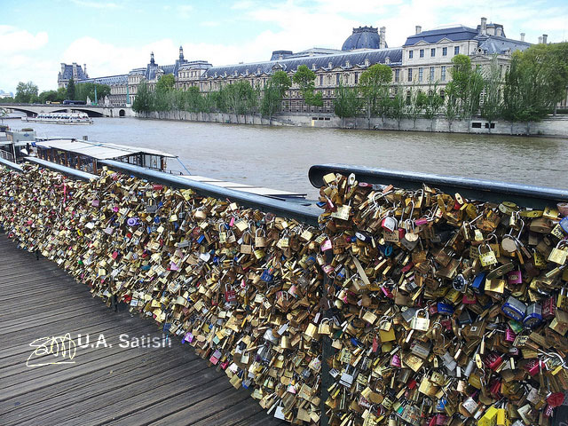 Pont des Arts; Paris; France; bridge; love locks; River Seine; uasatish;