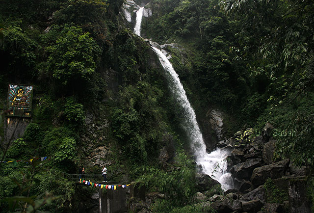 Sikkim; North Sikkim; India; seven sisters waterfalls; rocks; water; waterfalls; uasatish;