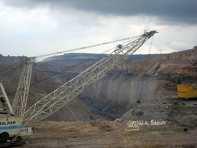 Singrauli; India's energy capital; coal mining; thermal power plant; India; Madhya Pradesh; uasatish; huge excavator;