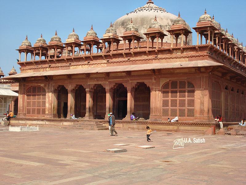 Fatehpur Sikri' Uttar Pradesh' Mughal Architecture; Tomb of Islam Khan;
