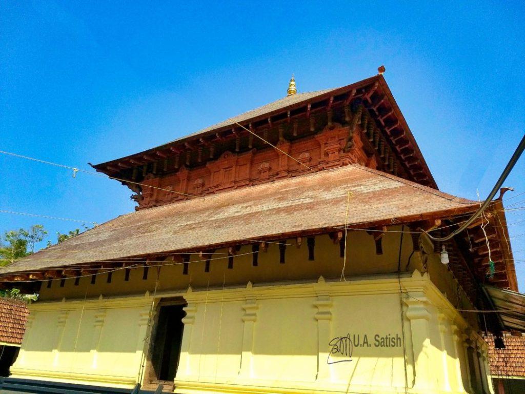 Chovva Maha Shiva Temple; Kannur; Kerala; uasatish; Mele Chovva;