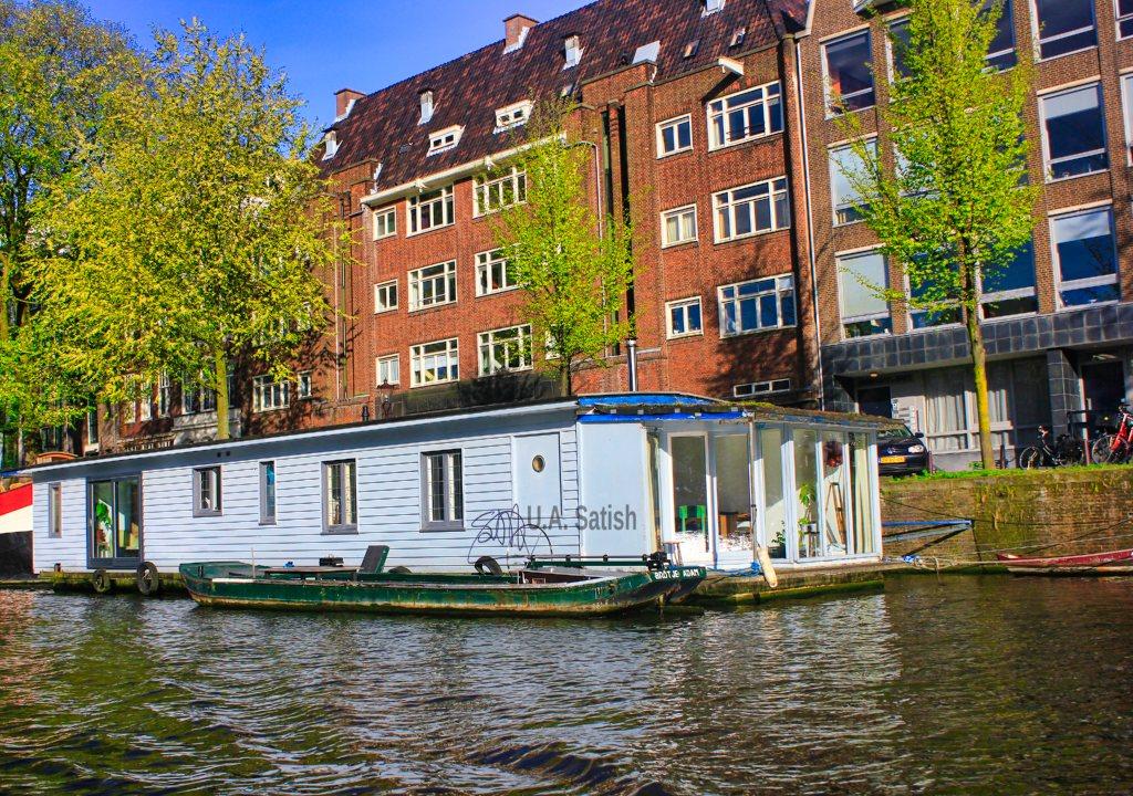 Houseboat; Amsterdam Canal; Amsterdam Harbour; uasatish;